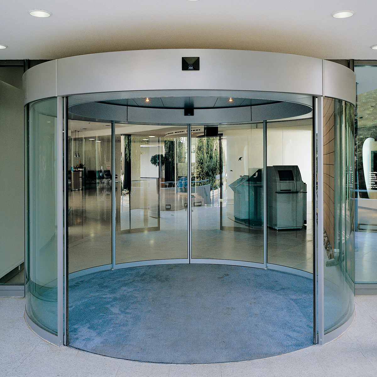 Dorma Bstfbst Curved Sliding Doors For Individual Entrance Areas