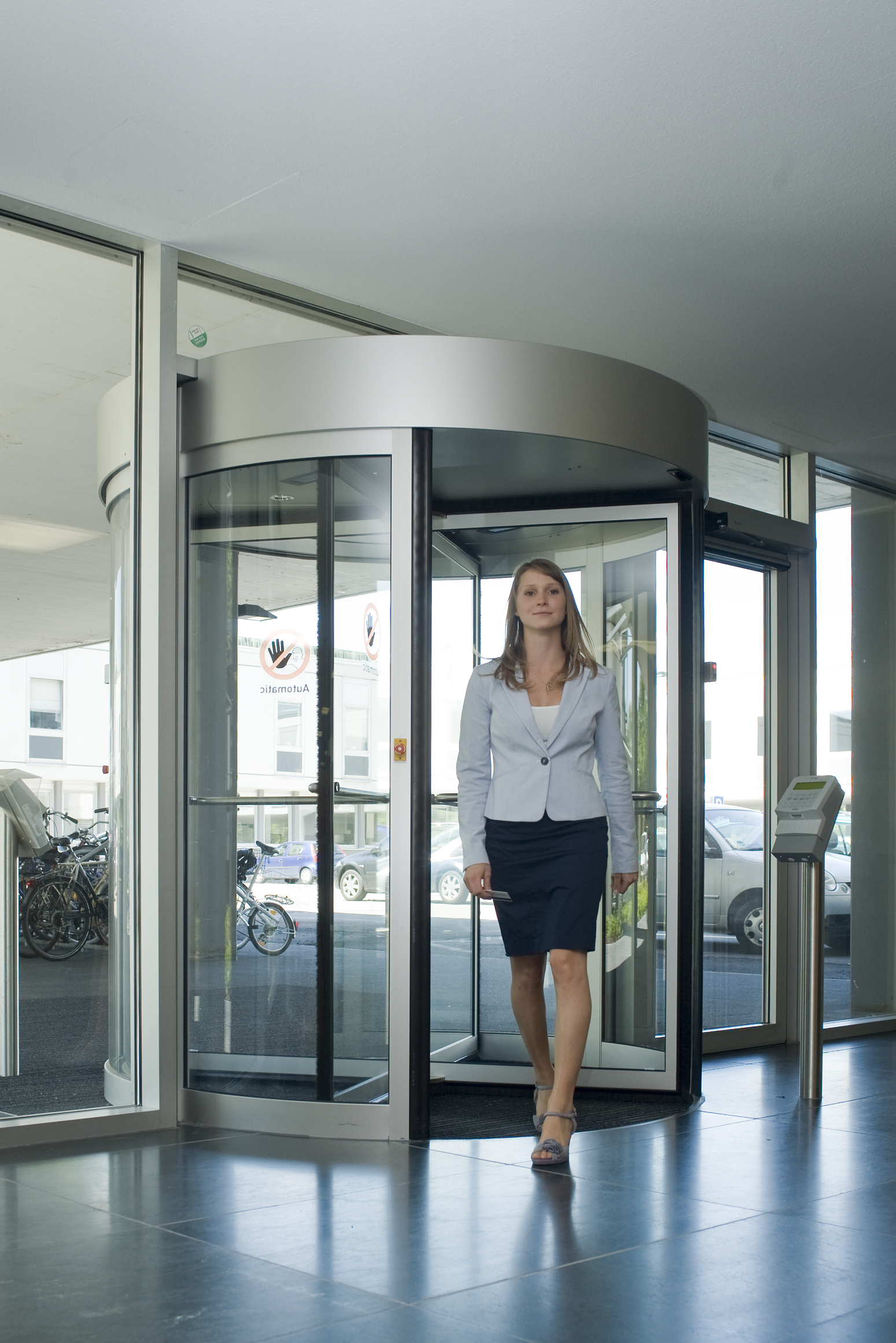 Dormakaba Geyron Security Revolving Doors And Security