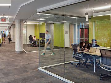 pic_college_interntior_glass_study_rooms_en