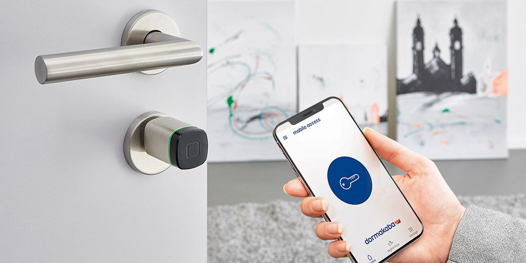 dormakaba exivo - Open doors with a phone, card, key fob or smart key