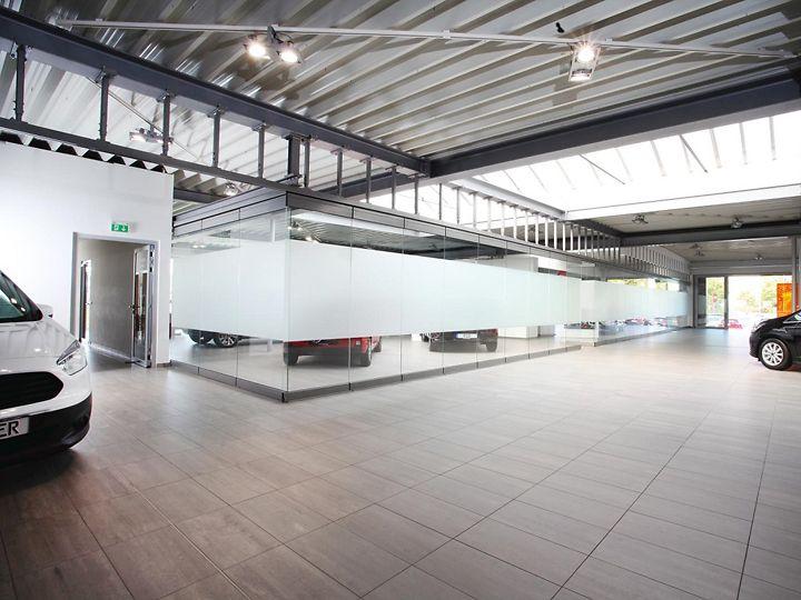 Autohaus Löffler Innenraum