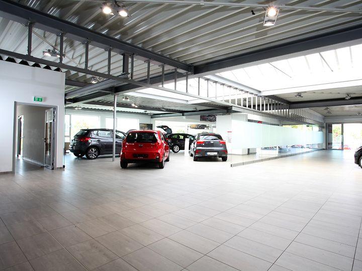 Innenraum Autohaus Löffler