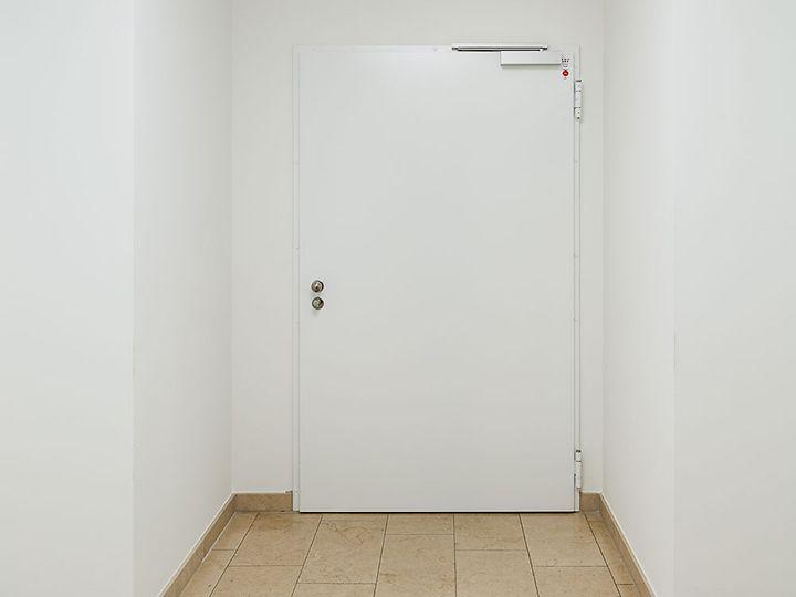Synus Karlsruhe Tür